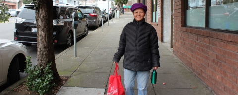 SF Resident with reusable bag and mug