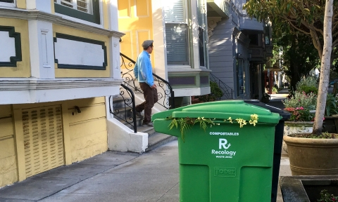 photo of compost bin on Noe St., SF
