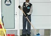 sfe th green cleaning thumb 05 sm jpg